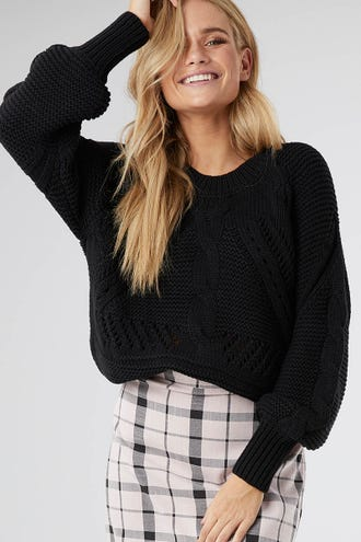 CHUNKY CABLE KNIT