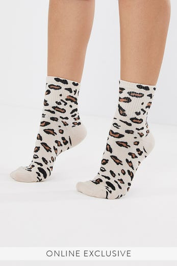 NATURAL LEOPARD SOCKS