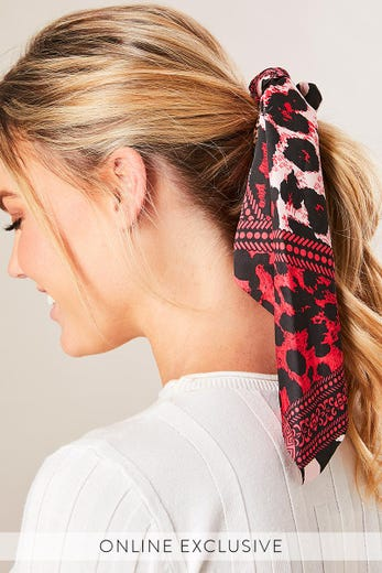 SWEET MELODY SCARF SCRUNCHIE